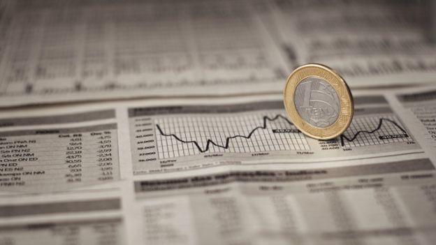 Economistas concordam em um ponto: A CPMF não é uma solução definitiva para o problema fiscal e é necessário implantar reformas que reduzam o ritmo de crescimento com despesas obrigatórias, como as aposentadorias