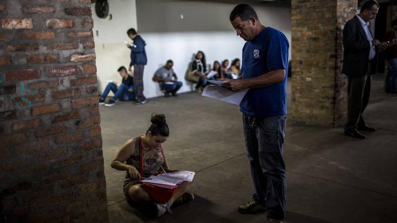 Desigualdade piorou com desemprego alto, diz estudo da USP