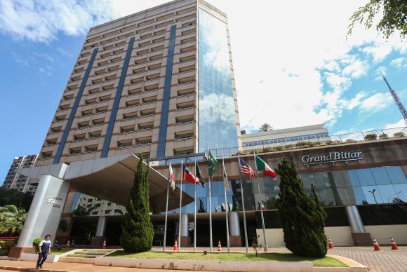 Brasília – As testemunhas do impeachment estão isoladas em um hotel no centro da capital, sem celular, internet ou televisão desde quarta-feira (24)