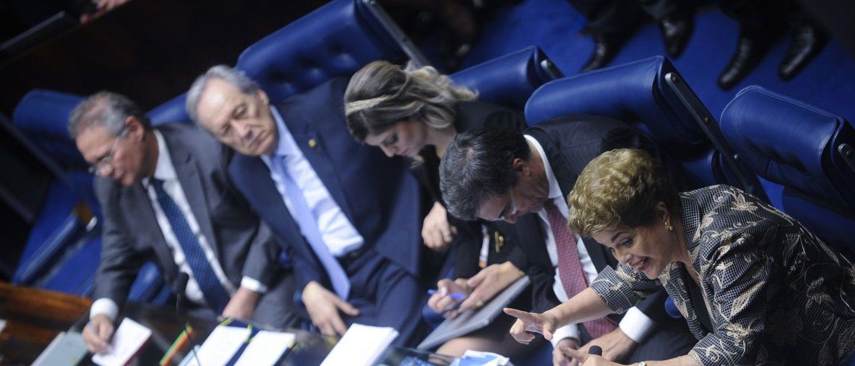 Impeachment sessão desta terça deve durar mais de 18 horas