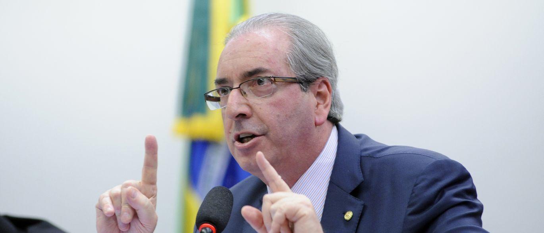 Processo contra Cunha deve ser retomado nesta segunda